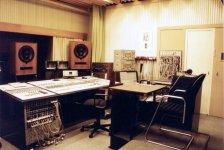 Nalepastrasse Block B Regie 1 (Saal 1) - J_Meinel 1995.jpg
