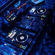 DJ Ricardo W.